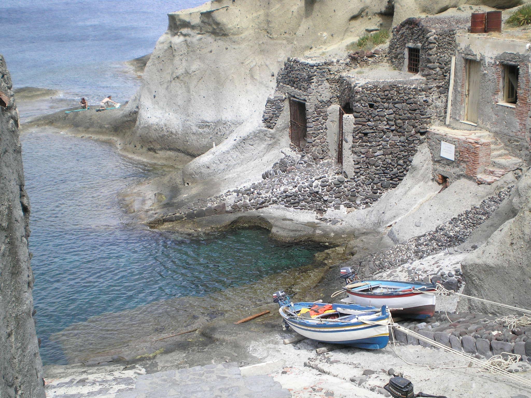 http://www.viaggiavventurenelmondo.it/immagini/eolietrek.JPG